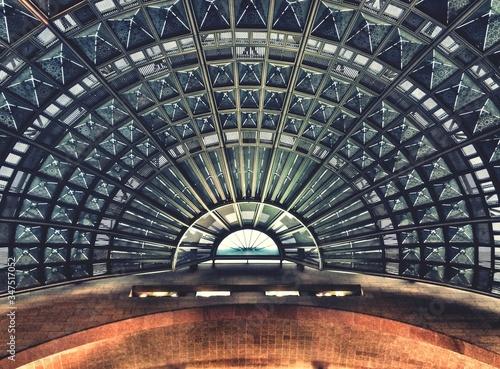 Fotomural Inside Of Modern Building Dome
