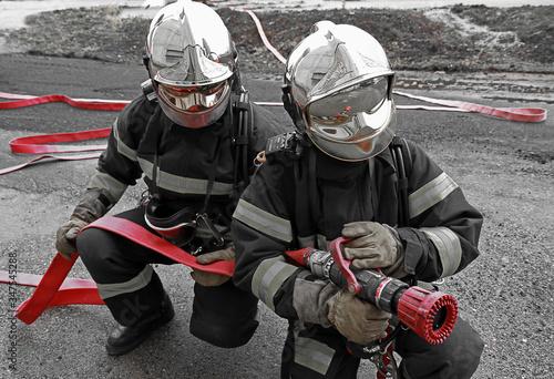 Fototapeta Binôme pompiers