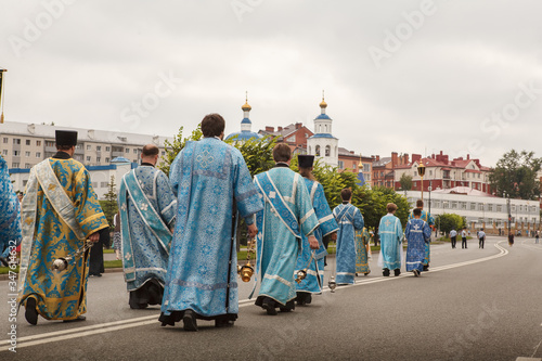крестный ход Казань Казанская икона, кадило, священники, епископы, облачения, pr Canvas Print