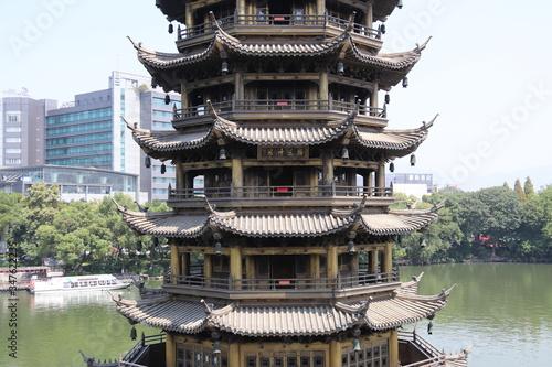 Valokuvatapetti Guilin - Pagode