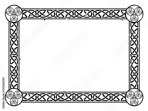Photo Vector Celtic frame with a knot pattern and swirls.