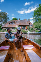 Giethoorn Netherlands Couple V...