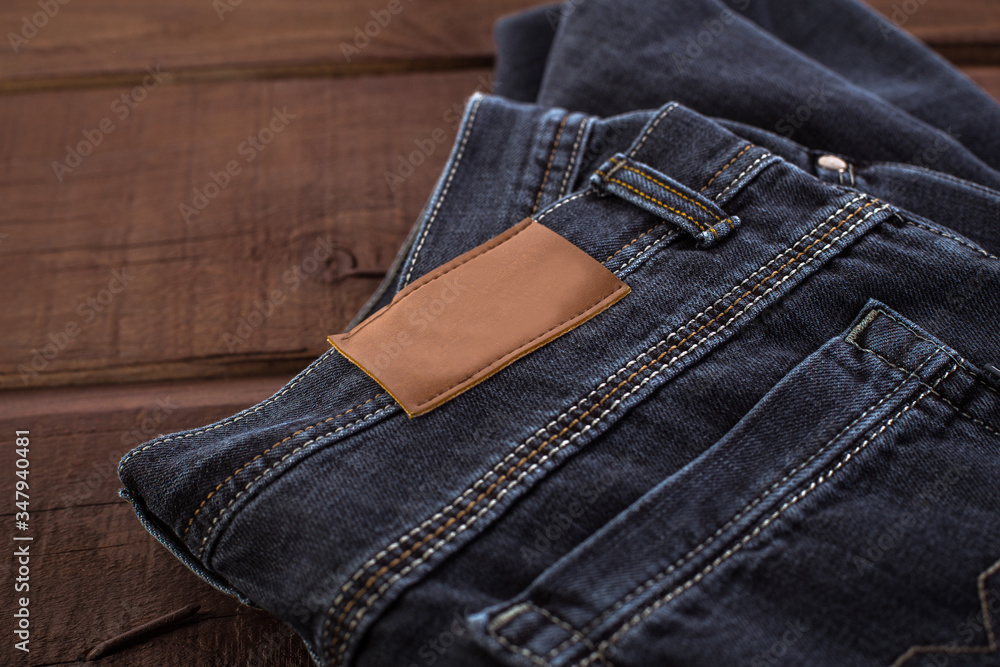 Fototapeta Spodnie jeansowe, template etykieta skórzana.