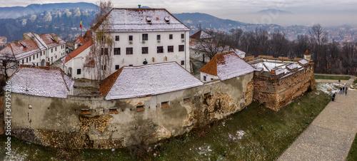Obraz na płótnie Brasov fortress citadel on Straja hill, Brasov, Romania