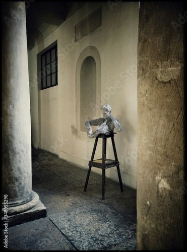 Photo Statue On Table