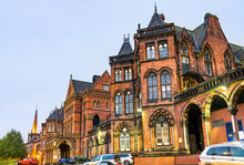 Leeds General Infirmary, A Historic Building In England