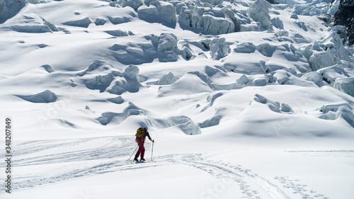 Ski touring Mont Blanc north face, Bossons Glacier Tapéta, Fotótapéta