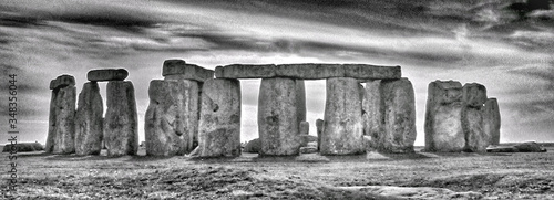 Fotografie, Obraz Scenic View Of Stonehenge Against Cloudy Sky