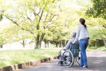 介護イメージ 車椅子...