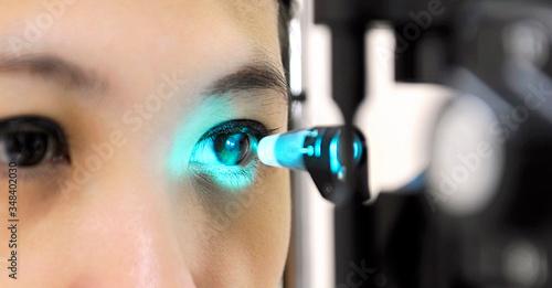Obraz Tonometry is a left eye test that can detect changes in eye pressure - fototapety do salonu