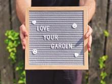 Love Your Garden. Gardening Co...