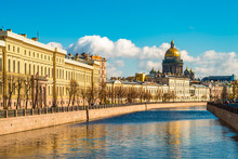 Saint Isaac Cathedral Across M...