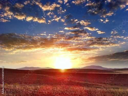 Tela Scenic Sunset Over Prairie