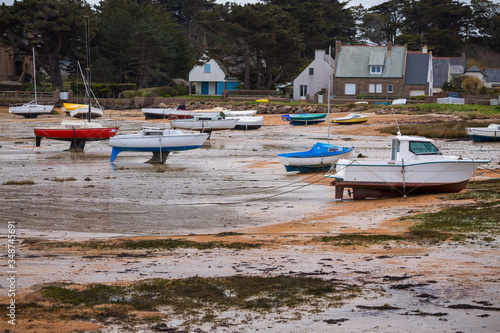 Cuadros en Lienzo boats at low tide