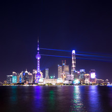 Lightshow Shanghai Skyline At ...