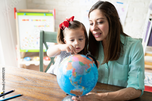 Fototapeta Homeschooling and learning geography