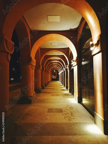 Fotografiet Architecture With Arches And Colonnade In Diminishing Perspective