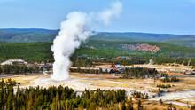 Old Faithful Yellowstone Natio...