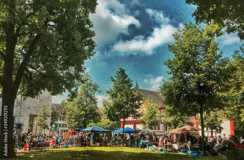 Photo Open Air Market In City