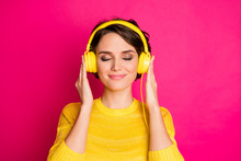Close-up Portrait Of Her She Nice Attractive Lovely Cute Charming Dreamy Peaceful Cheery Girl Listening Podcast Motivation Playlist Isolated On Bright Vivid Shine Vibrant Pink Fuchsia Color Background