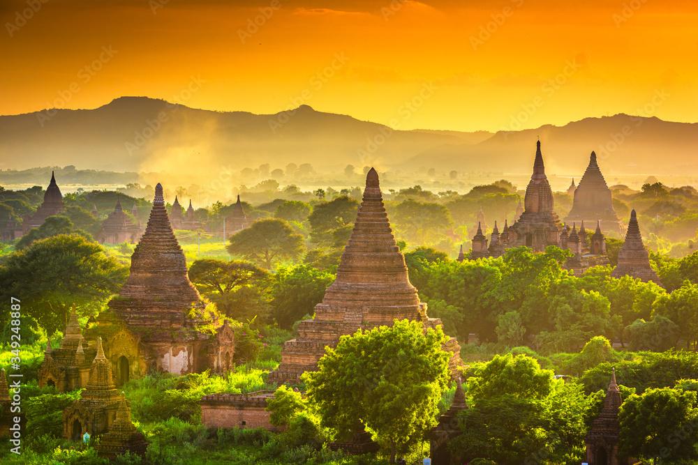 Fototapeta Bagan, Myanmar temples in the Archaeological Zone