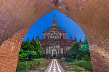 Bagan, Myanmar At Sulamani Tem...