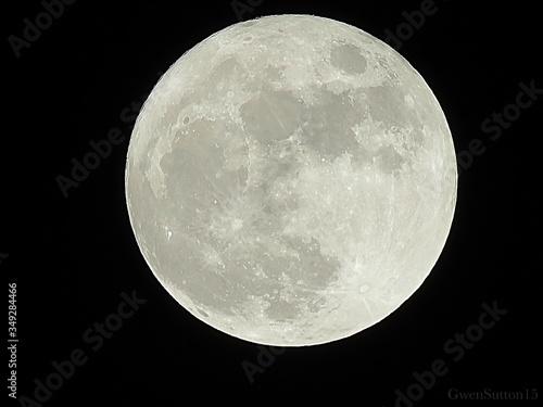 Obraz na plátně Close-up Of Full Moon At Night