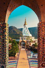 Amazing Thailand Temple With B...