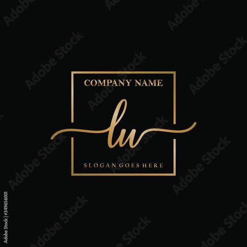 LU Luxury Handwriting Initial Logo Template Vector Design Fototapete