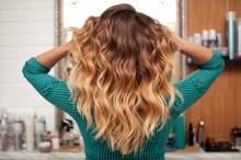 Beautiful Ombre Hair Coloring ...