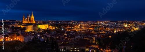 Prague skyline © rabbit75_fot