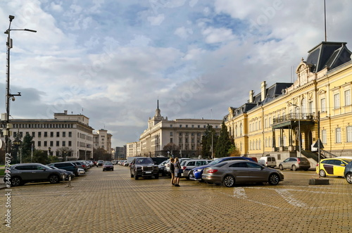 Valokuva Central town square with buildings of the Royal Palace, the Bulgarian National B