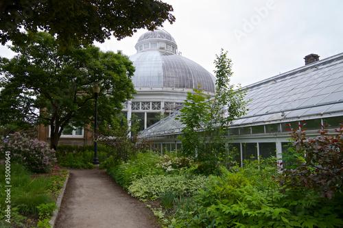 Photo Allen Garden - building exterior - an urban public park with  a Conservatory in