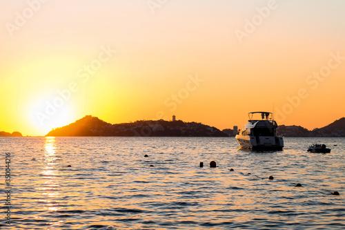 Vászonkép Acapulco evening