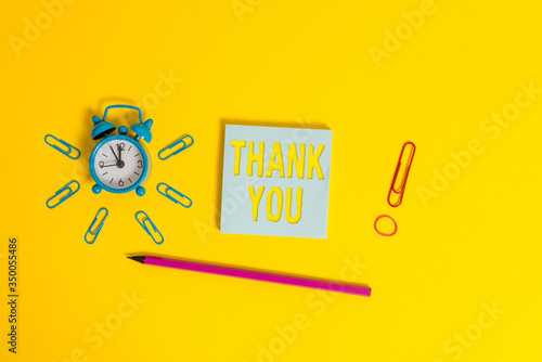 Photo Writing note showing Thank You