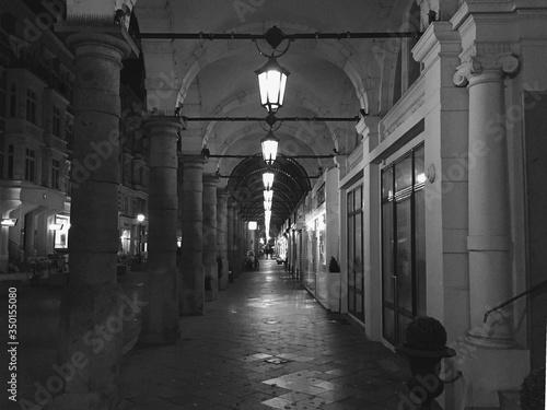 Photo Illuminated Colonnade
