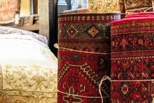 Oriental Ornate Rugs And Carpe...