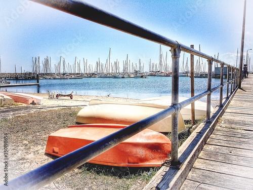 Cuadros en Lienzo Rowboats On Beach