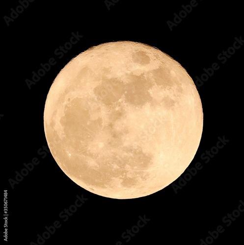 Fototapeta Idyllic Shot Of Full Moon Against Sky