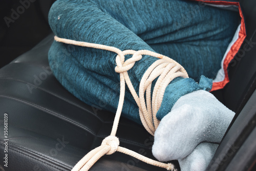 Papel de parede the captive child in the car. Illegal theft and ransom of a child