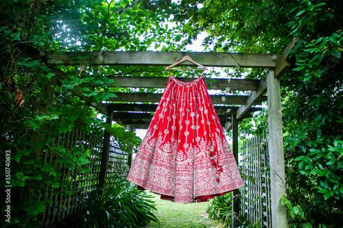 Fotografía Indian Punjabi Sikh bride's red wedding outfit