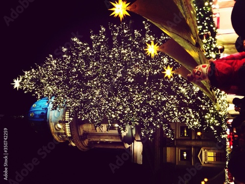 Fototapeta Large Christmas Tree In Town Square obraz