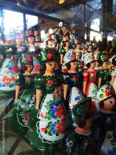 Billede på lærred Dolls For Sale In Store