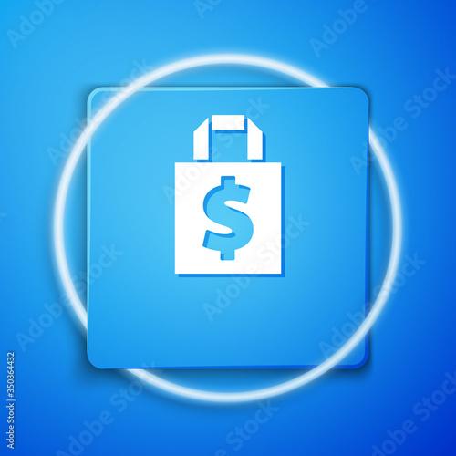 Photo White Shoping bag and dollar symbol icon isolated on blue background