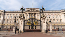 Panoramic Of Main Gates Of Buckingham Palace, London, England