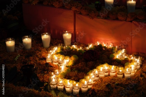 Fotomural Illuminated Candles On Day Of The Dead