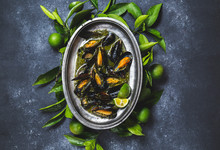 Mussels In Green Herb And Whit...