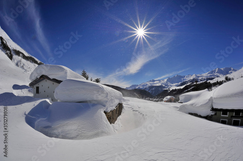Fotografiet Snow & Sun
