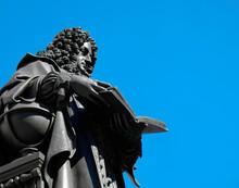 Gottfried-Wilhelm-Leibniz-Denk...