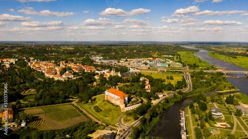 Fototapeta Panorama Miasta Sandomierz - widok na wisłe obraz